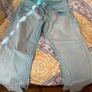 Hydraulic Faded Blue Cropped Capris